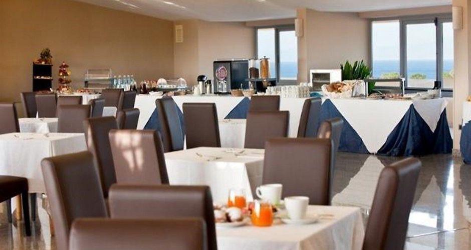 Buffet Italiano Cagliari : Qt hotel cagliari